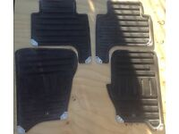 RANGE ROVER SPORT TOW BAR AND RUBBER MATTS