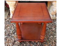 OCCASIONAL TABLE / SIDE TABLE