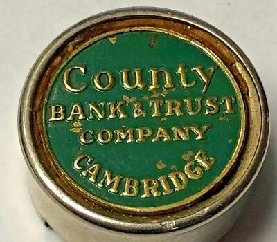 Vintage County Bank And Trust Cambridge Ma  Charge Token Holder Keychain