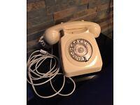 Vintage rotary phone *cream colour*