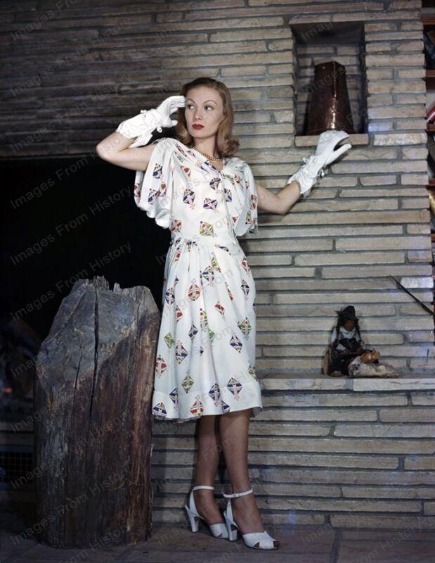 8x10 Print Veronica Lake Beautiful Fashion Portrait 1940