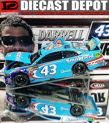 BUBBA WALLACE 2017 FIRST CUP SERIES START SMITHFIELD RACED VERSION 1/24 ACTION