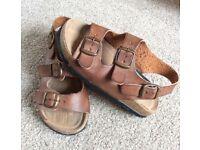 Boys Sandals. River Island Boys Brown -Tan Sandals. Size 11