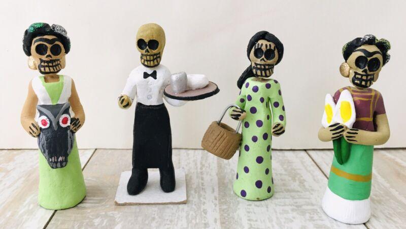 Day of the Dead Folk Art Clay Figures Frida Khalo Waiter Woman Lot Of 4