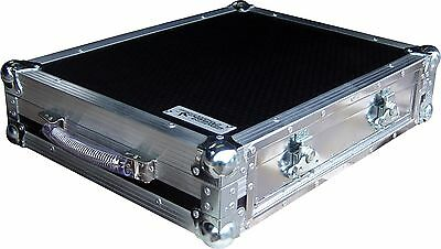 Native Instruments Traktor Kontrol S2 Controller Swan Flight Case DJ (Hex)