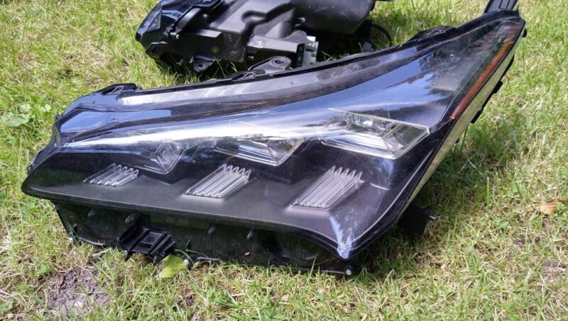 lexus nx300h left front full led headlight