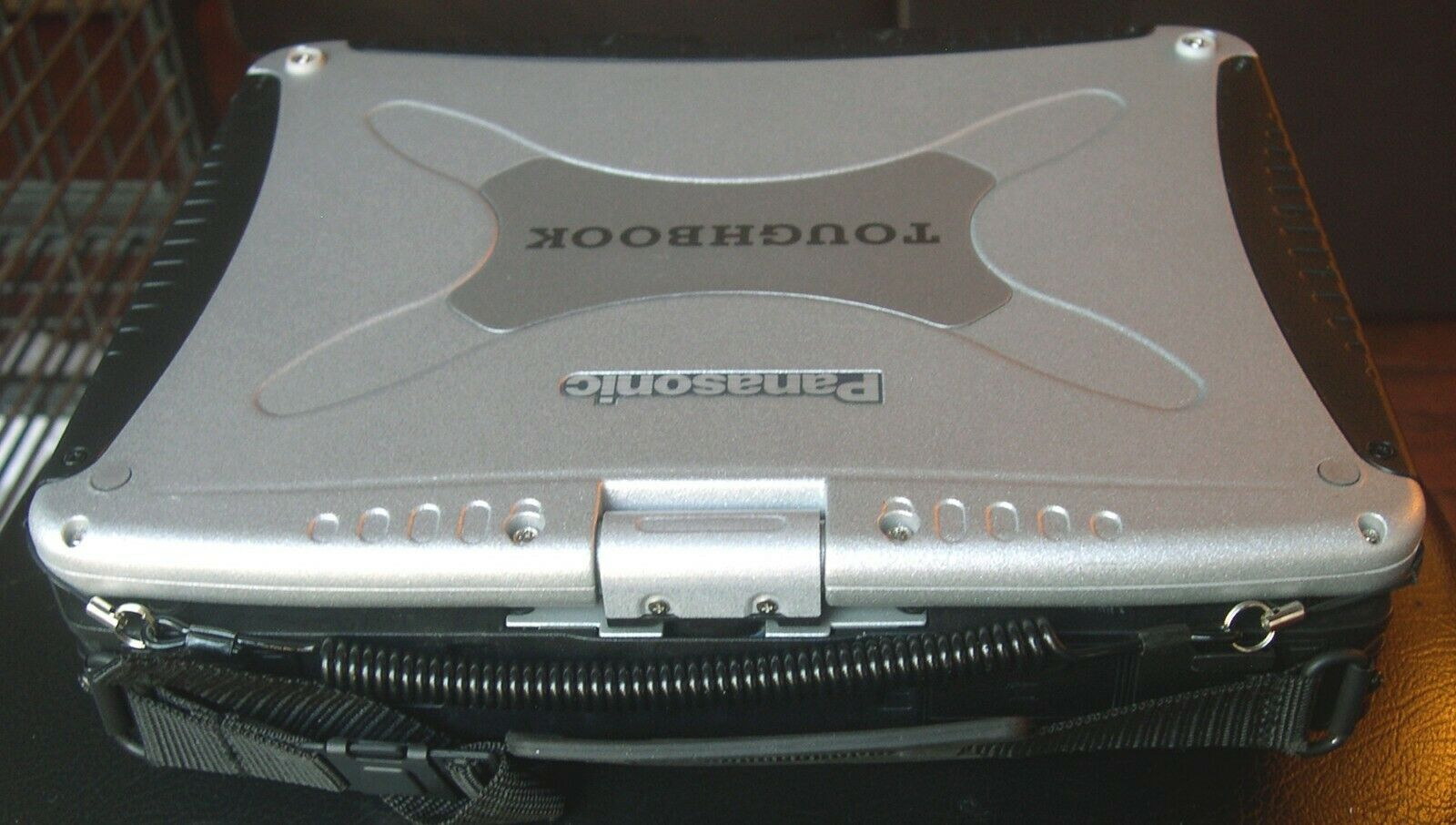 Panasonic Toughbook CF-19 Incomplete laptop for Parts/Repair or Complete