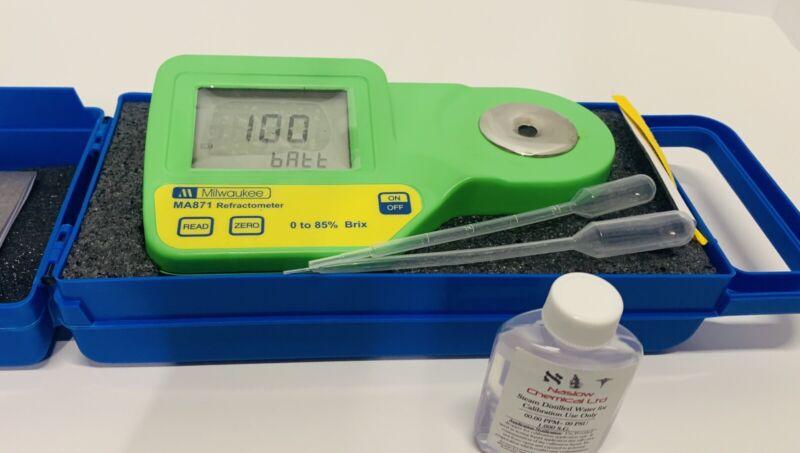 Milwaukee Instruments Digital Brix Sugar Refractometer Water Tester MA871