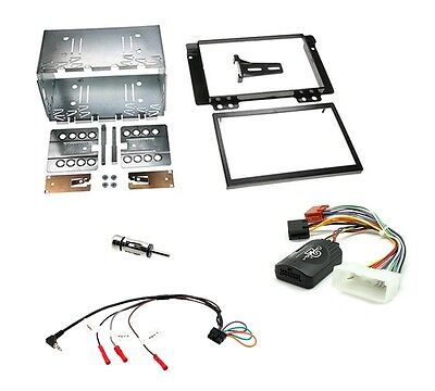 Connects2 CTKLR02 LR Freelander TD4 04-07 Complete Double Din Stereo Fitting Kit