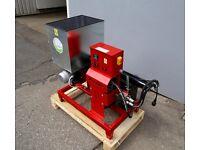 New Wood waste Briquetting Press Sawdust Briquette Machine presser 230V 12KG/H UK Delivery