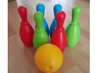 Used kids out door and in door bowling set, Collection Only