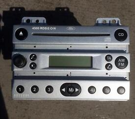 Ford Fiesta (2002-2008) stereo