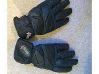 womans leather bikers gloves