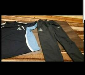2× Stretford high school p.e t shirt and pants set