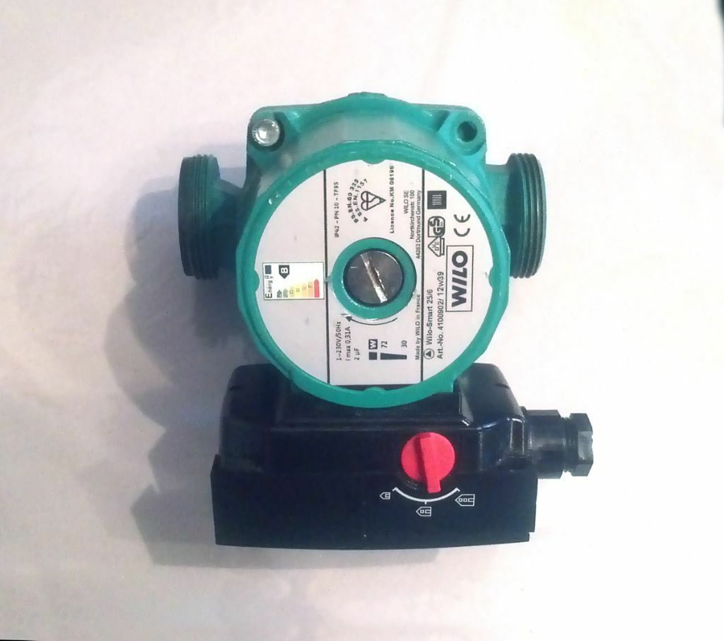 Wilo Smart 25/6-130 Automatic Central Heating Pump - Only 6 months ...