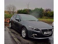 Mazda 3 Navi full service mazda. low miles 2015