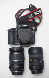 Canon 7D Bundle w 2 lenses - 17-55mm 2.8 IS + 8-16mm wide angle