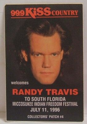 RANDY TRAVIS - ORIGINAL CONCERT TOUR CLOTH BACKSTAGE PASS