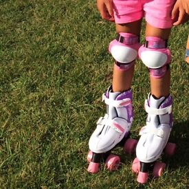 Lovely purple and white roller boots, adjustable - size 12-3