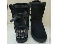 New Ladies Ugg Bow II Boots Size 4