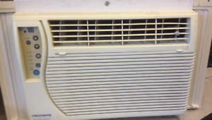 Fedders window air conditioner 5000BTU