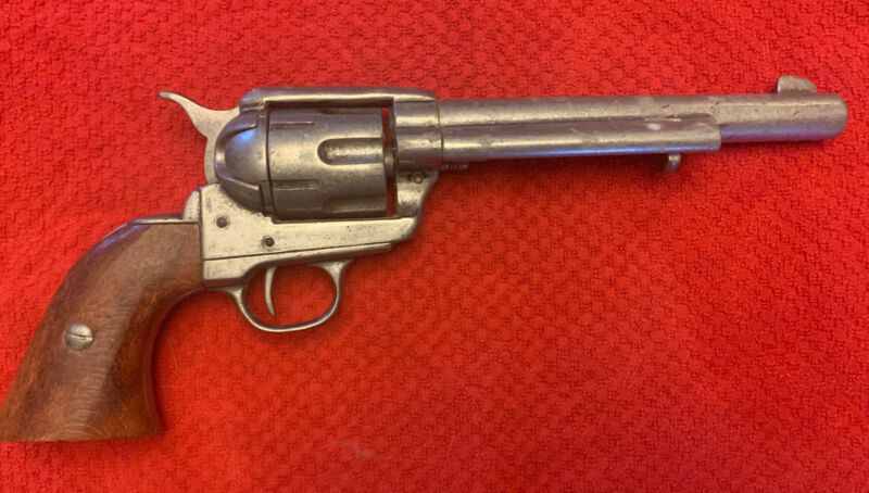 COLT REVOLVER GUN PISTOL BKA 98 REPLICA MOVIE PROP NON FIRING CHROME & WOOD
