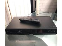 Phillips Blu Ray player in great working condition with remote!