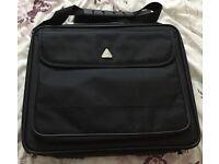 Techair laptop case