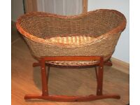 Bassinet with stand, excellent condition