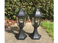 Outdoor lantern pillar, garden pedestal pillar light