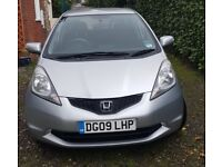 Honda Jazz 1.4 for sale. V good condition. Reliable full service history MOT until July 2019