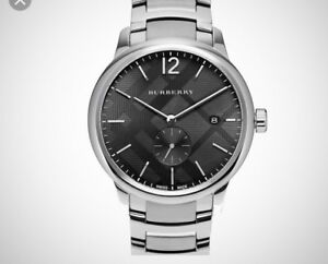 Men's Burberry BU10005 40mm watch retails $1200