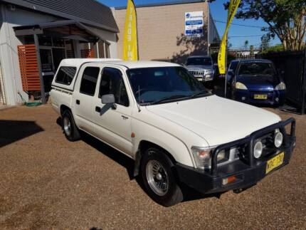 1999 Toyota Hilux Dual Cab 2.7L 4 Cylinder - AUTOMATIC