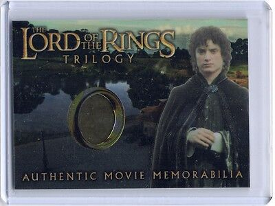 LOTR Lord Of The Rings Trilogy chrome Frodo's Elven Tunic costume card - Frodo Lord Of The Rings Costume