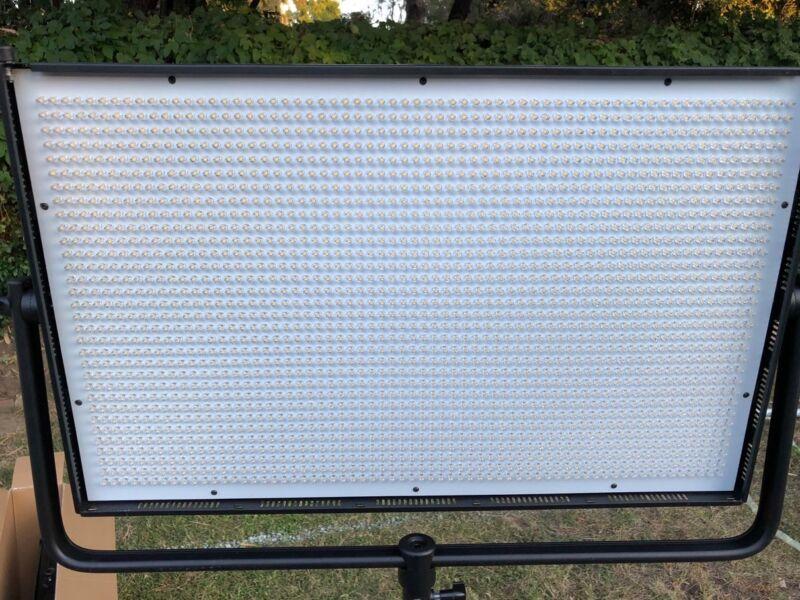 Dracast 2000 Studio LED Panel Light Daylight Flood. DMX.