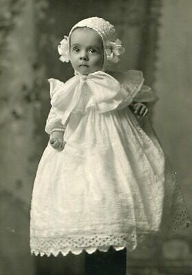 RPPC BEAUTIFUL BABY w BONNET & LARGE BOW LONG GOWN REAL PHOTO POSTCARD c1910