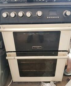 Cannon 4 hob gas cooker