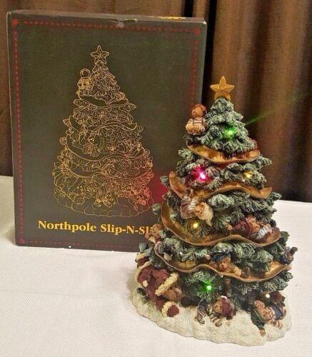2008 Boyds Bearstone North Pole Christmas Tree 227822 Northpole Slip-N-Slide LE