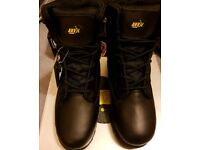 Brand new anvil Maine waterproof boots size 7