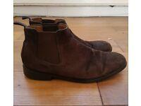 Men's Clarks Dark Brown Suede Chilver Chelsea Boots - Size 8.5 - Good Condition - £10