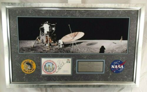 Apollo 12 Crew Signed Cover Display Conrad, Bean, Gordon  Authenticated Zarelli
