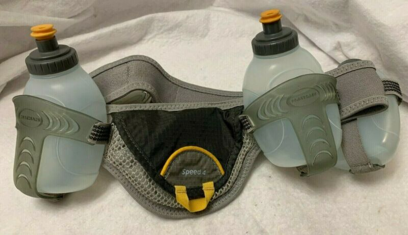 Nathan Speed 4 size Medium Hydration and Nutrition Belt with 3 Water Bottles