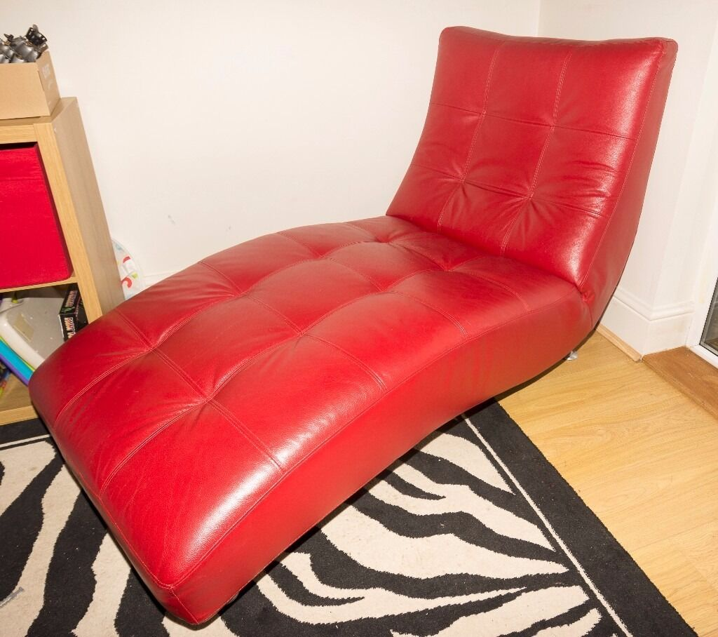 red leather chaise lounge  in hitchin hertfordshire  gumtree - red leather chaise lounge
