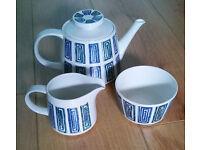 1960's Ridgway Ondine Tea Pot, Milk Jug and Sugar Bowl