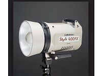Style FX 400 Elinchrom studio Light+ soft-box+main cable and stand.