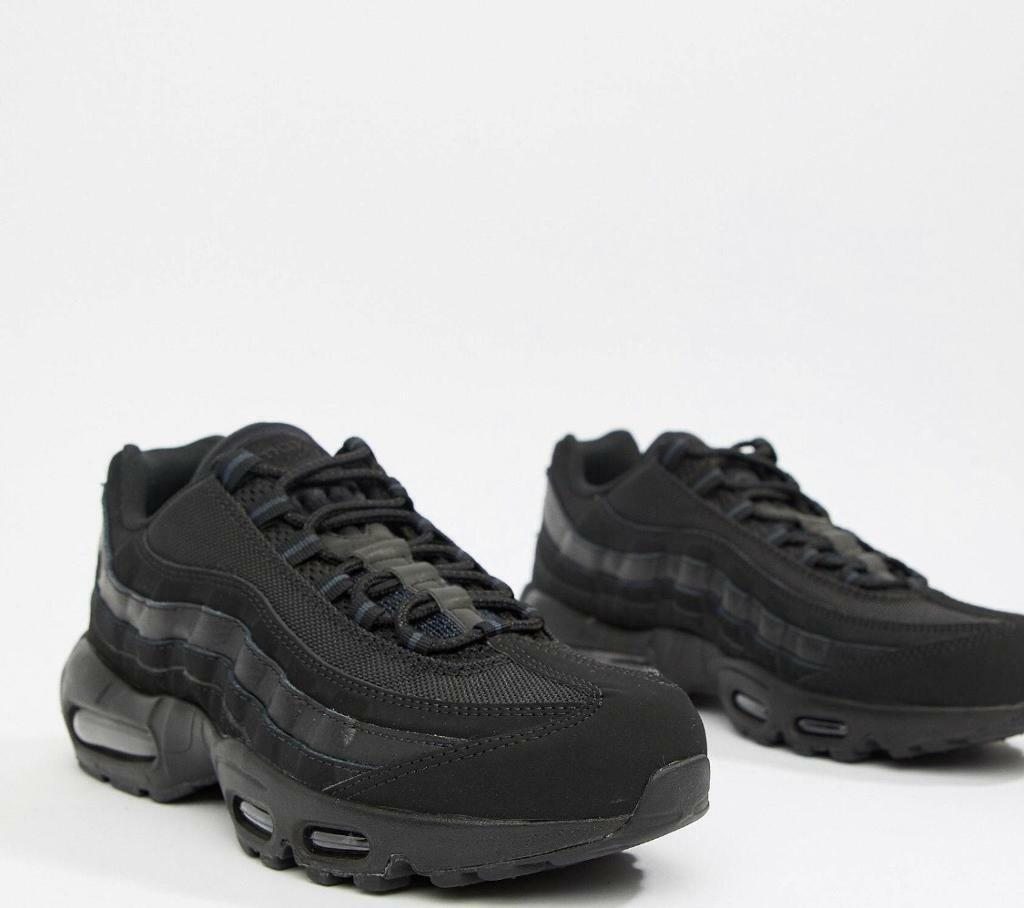 half off 87f53 17227 Size 8 nike 95s men's | in Bradford, West Yorkshire | Gumtree