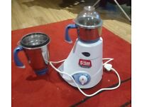 Preeti Blue leaf Mixer Grinder 750 watts