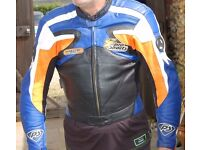 Hein Gericke Hiprotec Pro Sport Leather Motor Cycle / Bike Jacket and Trousers