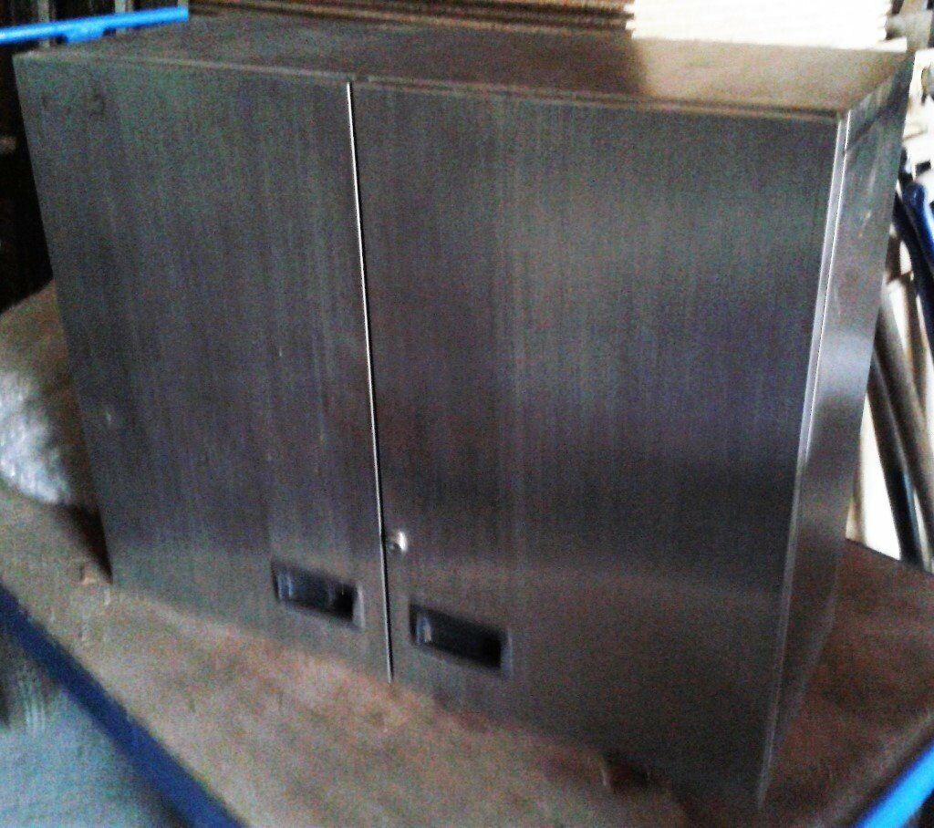 Stainless Steel Cabinet/Cupboard