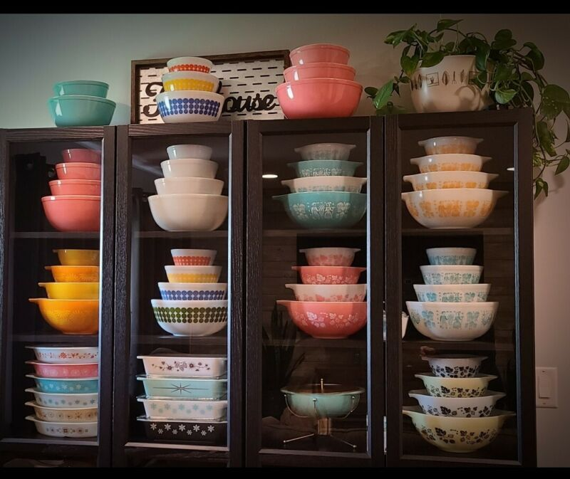 Pyrex bowl stackers /stands/lifts for Mixing & Cinderella bowls htf rare